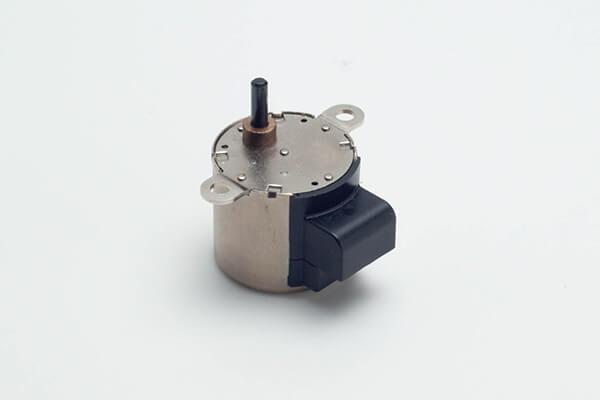 φ25PM型ステッピングモーター